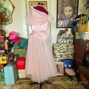 1980's does 1940's in this Pretty in Pink SALE